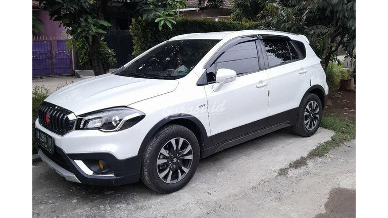 2019 Suzuki Sx4 Hatchback Scross - Barang Istimewa Dan Harga Menarik (preview-0)