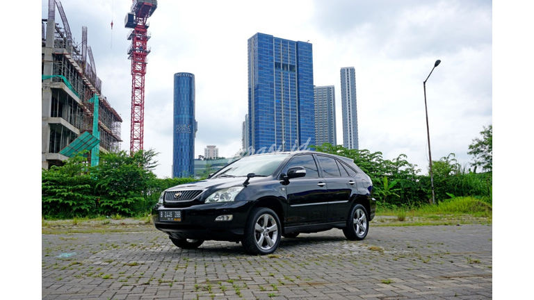 2011 Toyota Harrier G (preview-0)