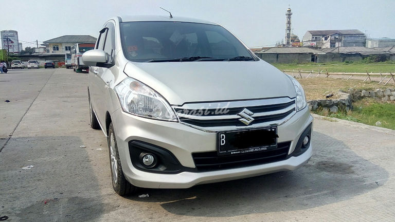 2017 Suzuki Ertiga GL (preview-0)