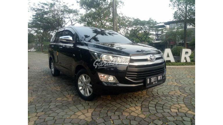 2017 Toyota Kijang Innova V - Mobil Pilihan (preview-0)