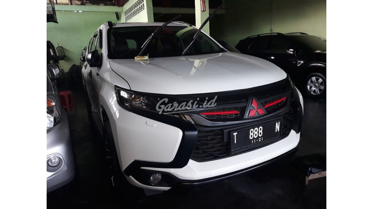 2017 Mitsubishi Pajero Sport DAKAR - Nyaman Terawat (preview-0)