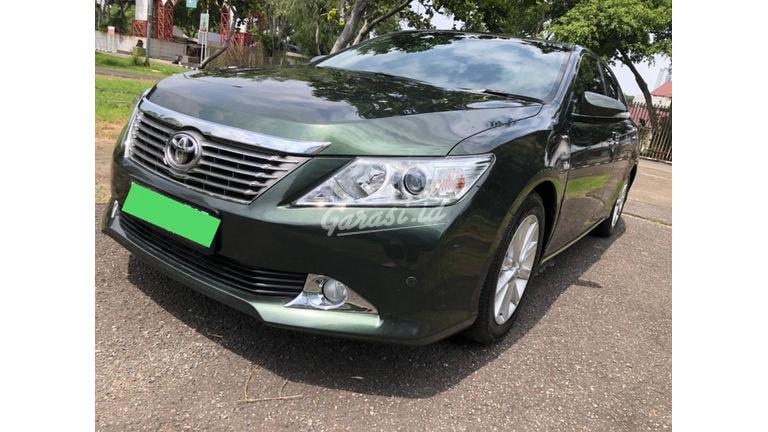 2012 Toyota Camry V (preview-0)