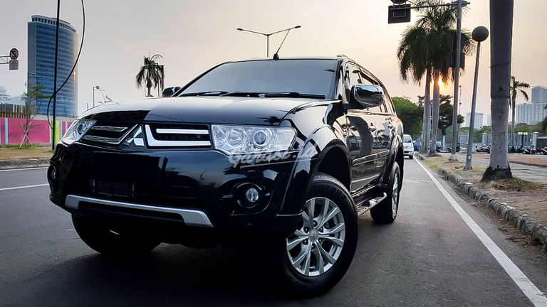 2014 Mitsubishi Pajero Sport Exceed - Mobil Pilihan (preview-0)