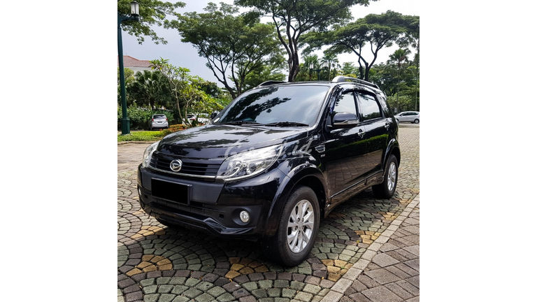 2017 Daihatsu Terios R - Mobil Pilihan (preview-0)