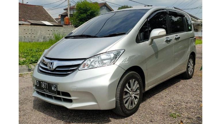 2012 Honda Freed E PSD (preview-0)