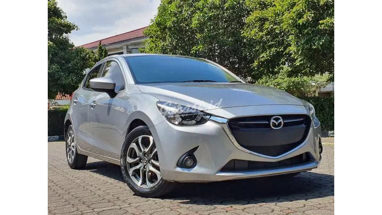 2016 Mazda 2 R - Mobil Pilihan (preview-0)