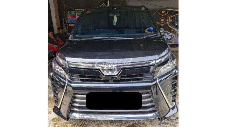 2018 Toyota Voxy 2.0 - Kondisi Ciamik (preview-0)