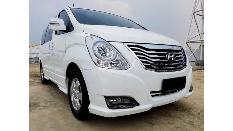 2015 Hyundai H-1 Elegance - Mobil Pilihan (preview-0)