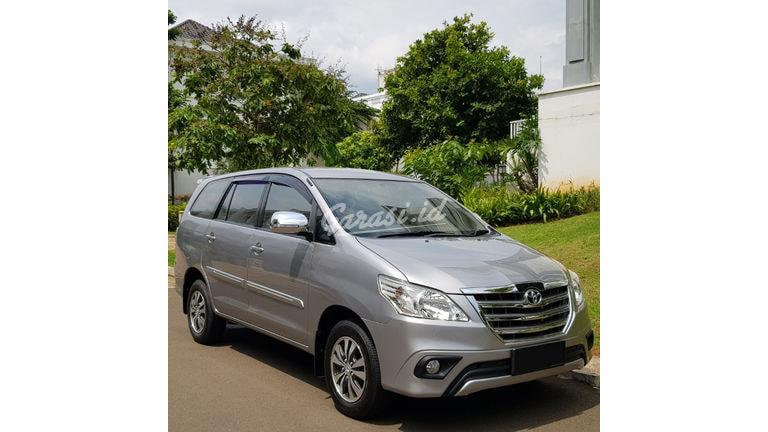 2015 Toyota Kijang Innova 2.0 G AT - Mobil Pilihan (preview-0)