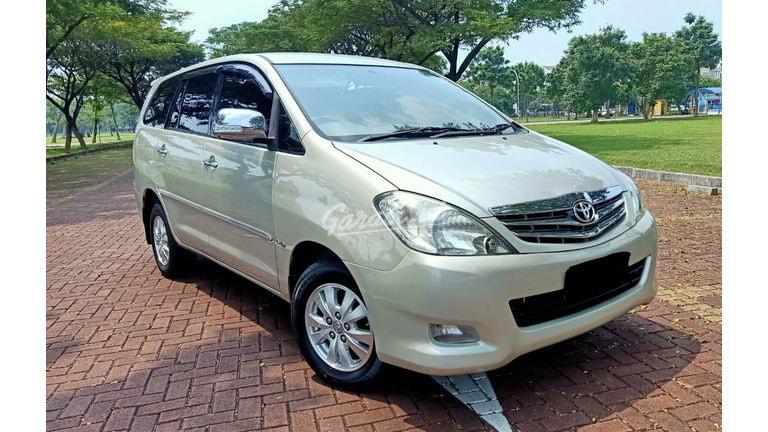 2010 Toyota Kijang Innova V - Menerima Cicilan (preview-0)