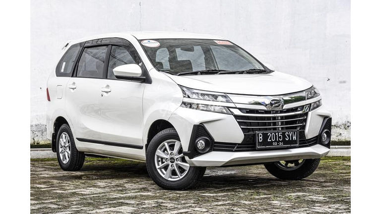 2019 Daihatsu Xenia R Deluxe - Mulus Langsung Pakai (preview-0)