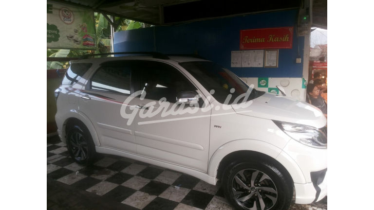 Jual Mobil Bekas 2016 Toyota Rush G Kabupaten Bekasi 00bg831 Garasi Id