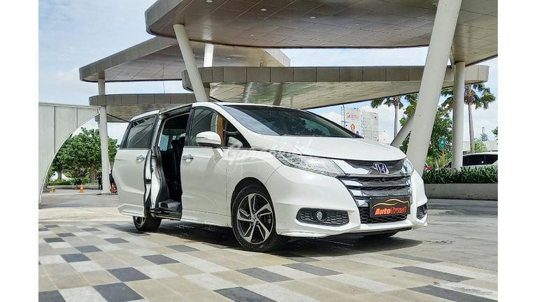2015 Honda Odyssey E - Mobil Pilihan (preview-0)