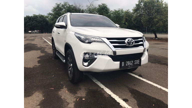 2016 Toyota Fortuner SRZ (preview-0)
