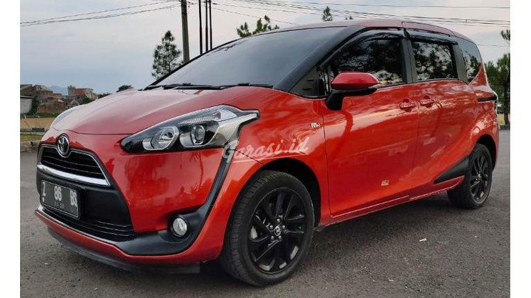 2016 Toyota Sienta V - Mobil Pilihan (preview-0)