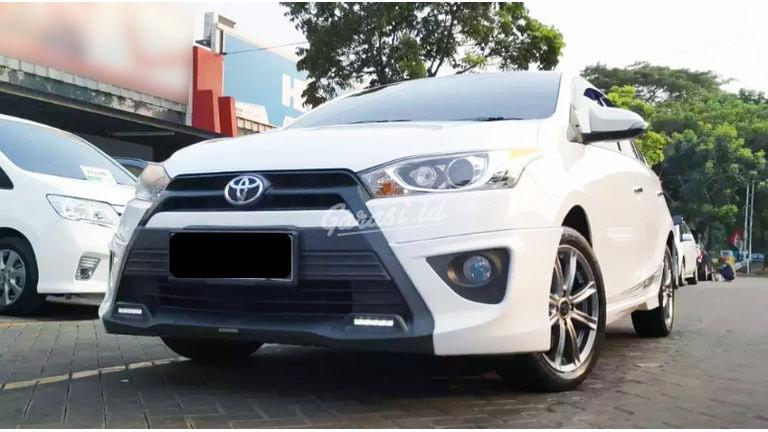 2015 Toyota Yaris TRD Sportivo - Mobil Pilihan (preview-0)