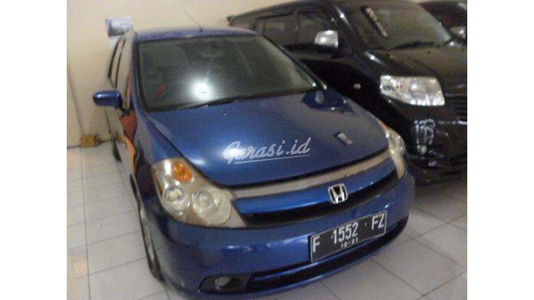 2004 Honda Stream - Good Condition (preview-0)