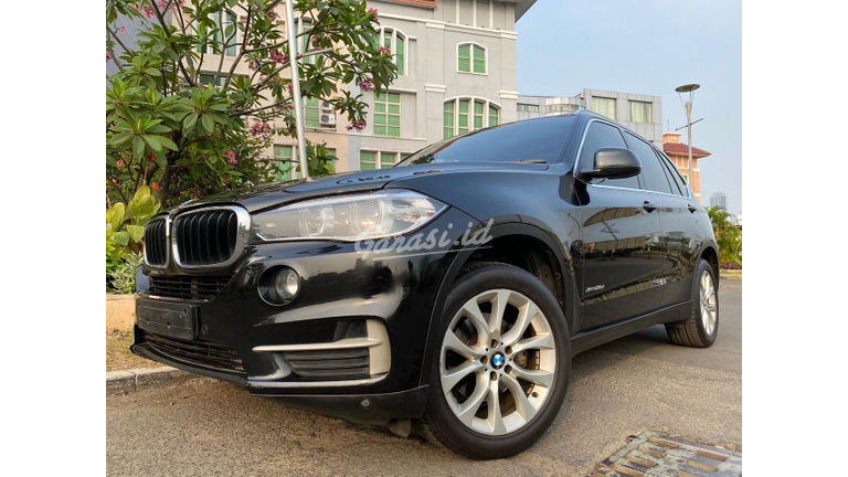 2016 BMW X5 2.0 - Mobil Pilihan (preview-0)