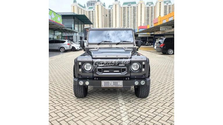 2015 Land Rover Defender 110 - Mobil Pilihan (preview-0)
