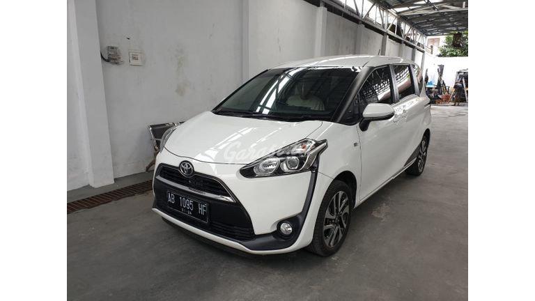 2018 Toyota Sienta V - Mobil Pilihan (preview-0)