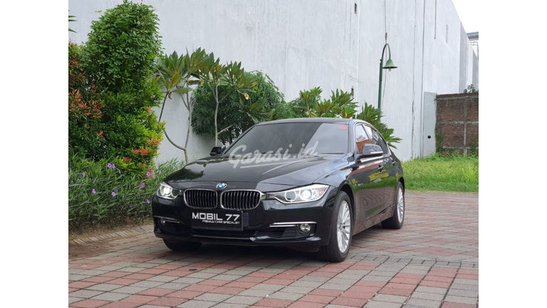 2015 BMW 3 Series 320i (preview-0)