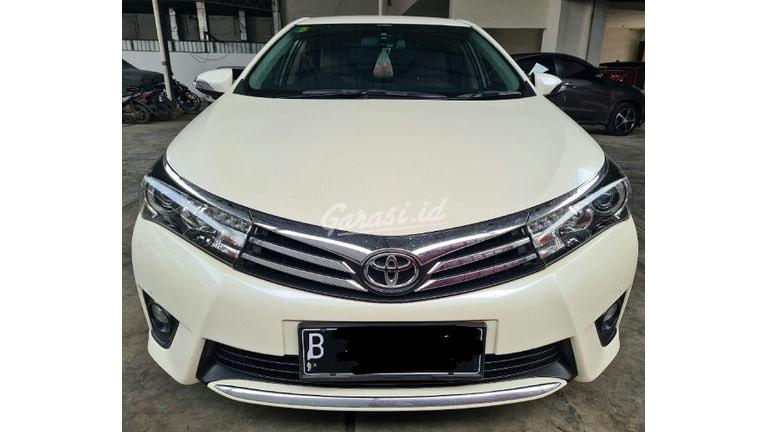 2016 Toyota Corolla Altis V - Mobil Pilihan (preview-0)