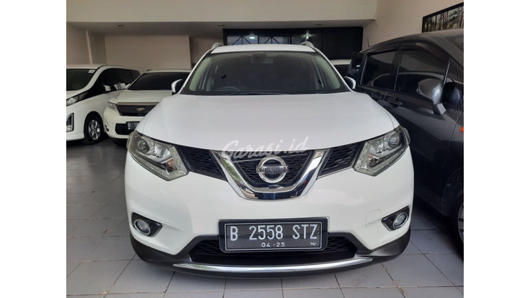 2015 Nissan X-Trail 2.5 AT (preview-0)