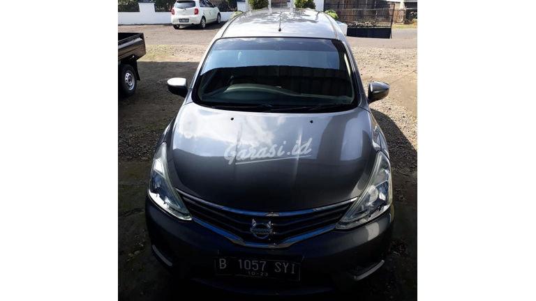 2013 Nissan Grand Livina SV - Jarak Tempuh Rendah (preview-0)