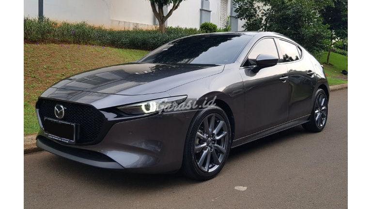 2020 Mazda 3 2.0 Hatchback - Mobil Pilihan (preview-0)