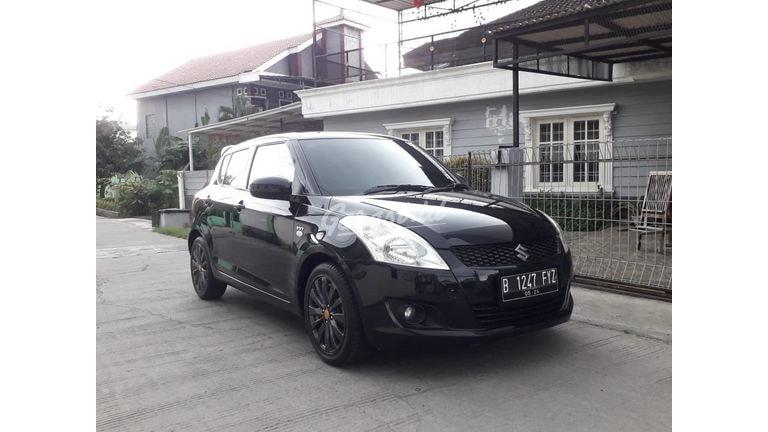 2014 Suzuki Swift GL - Jarak Tempuh Rendah (preview-0)