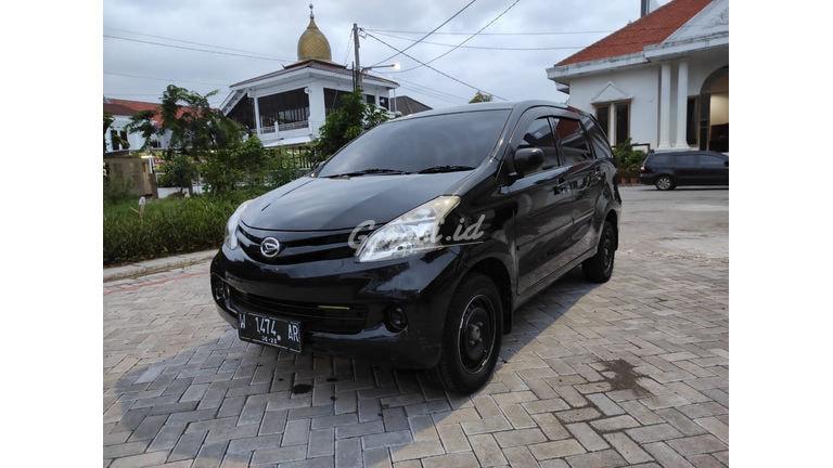2015 Daihatsu Xenia X (preview-0)