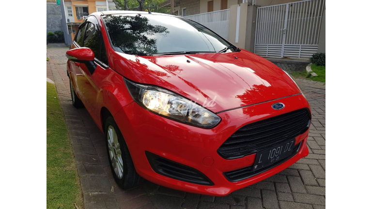 2013 Ford Fiesta Trend - cash or credit (preview-0)