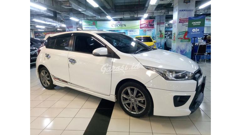 2015 Toyota Yaris S TRD Sportivo - Mobil Pilihan (preview-0)