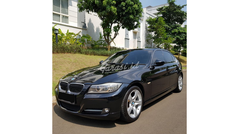 2012 BMW 3 Series 320i Executive - E 90 LCI (preview-0)