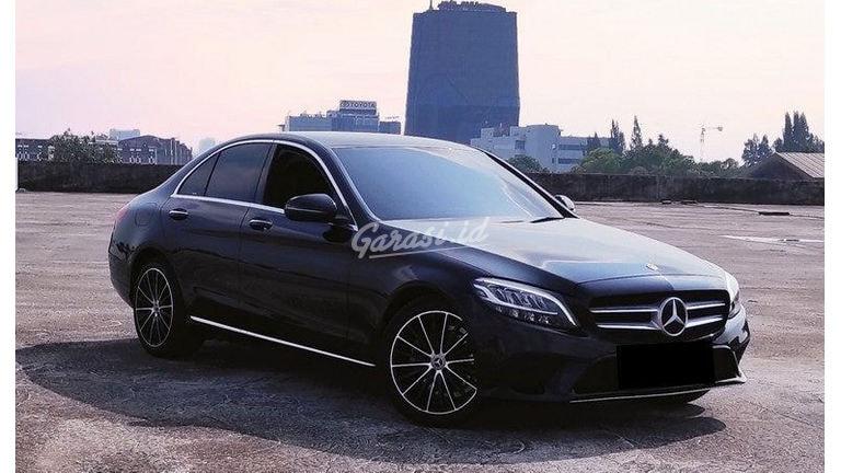 2019 Mercedes Benz C-Class C200 EQ-Boost - Mobil Pilihan (preview-0)