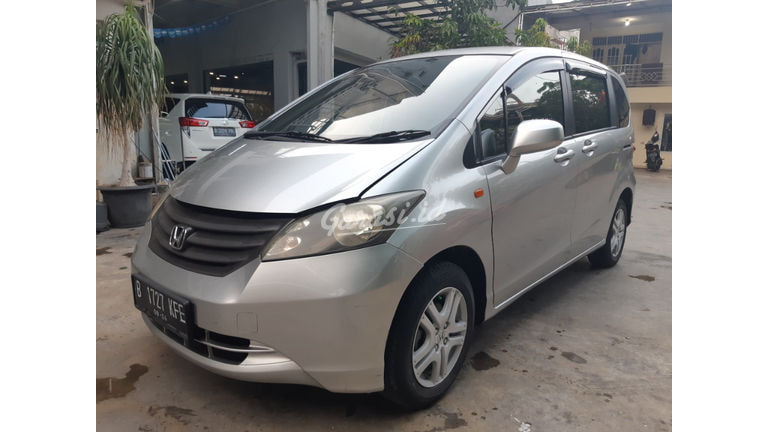 2009 Honda Freed SD (preview-0)