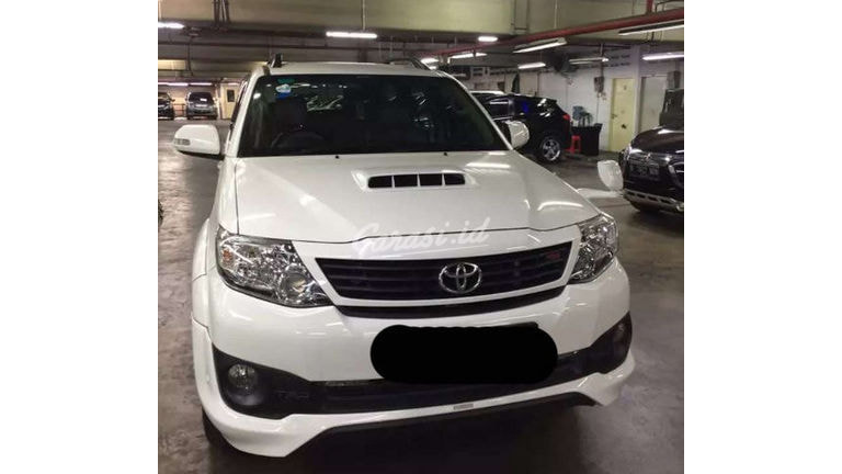 2015 Toyota Fortuner G - Mobil Pilihan (preview-0)