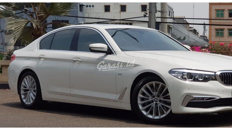 2018 BMW 5 Series G30 530i luxury line - istimewa seperti baru (preview-0)