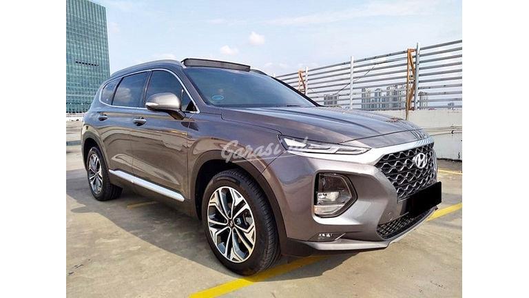 2018 Hyundai Santa Fe Diesel - Mobil Pilihan (preview-0)