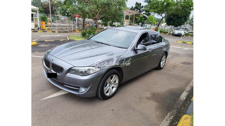 2012 BMW 5 Series 528i - Mewah Berkualitas Siap Pakai (preview-0)