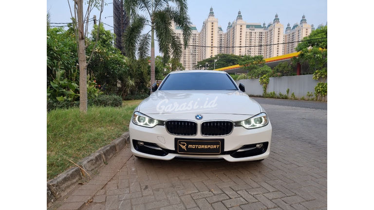 2015 BMW 3 Series 320i F30 Sport (preview-0)