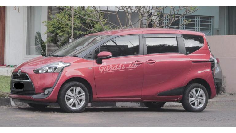 2016 Toyota Sienta G (preview-0)