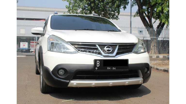 2013 Nissan Livina X GEAR - Bekas Berkualitas (preview-0)