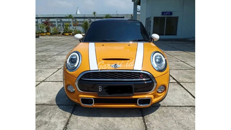 2016 MINI Cooper S Coupe Limited - Mobil Pilihan (preview-0)