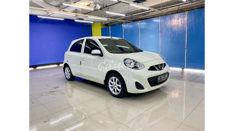 2015 Nissan March L 1.2 - Mobil Pilihan (preview-0)