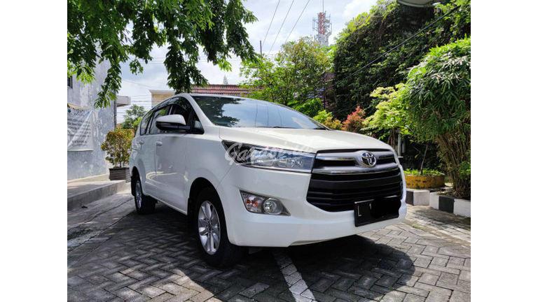 2019 Toyota Kijang Innova G - Manual Diesel Putih (preview-0)