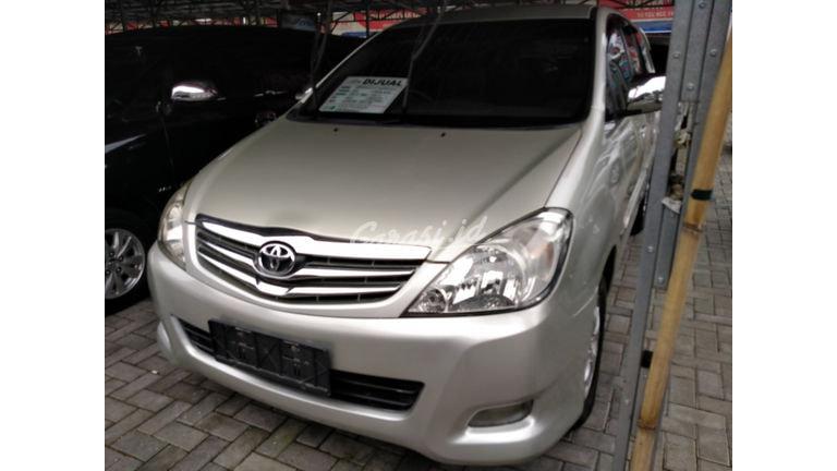 2011 Toyota Kijang Innova G - Terawat Siap Pakai (preview-0)