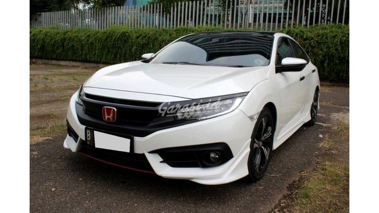 2018 Honda Civic Turbo ES Prestige - Mobil Pilihan (preview-0)