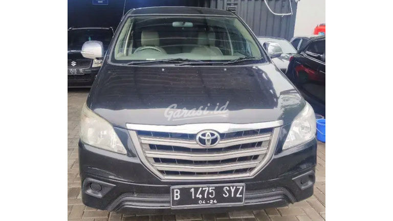 2014 Toyota Kijang Innova e - Barang Bagus Siap Pakai (preview-0)