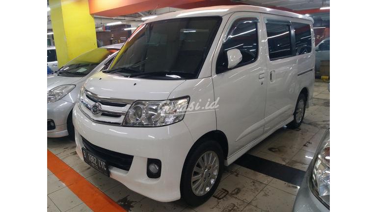 2014 Daihatsu Luxio x - Kondisi Istimewa (preview-0)
